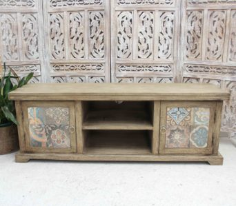 Tiled Entertainment Unit - GE17